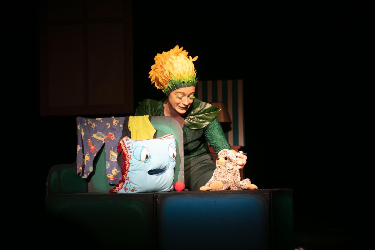 Jetzt hab' ich mich! Regie: Michaela Bangemann Puppenspiel und Schauspiel von Emilia Giertler