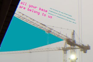 All your base are belong to us Regie: Kaspar Weith, Maikel Benjamin Drexler, Clara Fritsche, Emilia Giertler